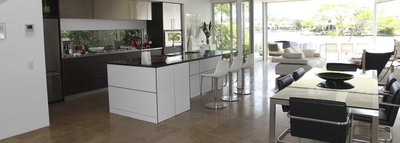 Reformar la cocina para conseguir un espacio m s abierto for Modelo de cocina abierta en el comedor